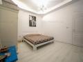 Apartament 3 camere spațioase, amenajat la cheie