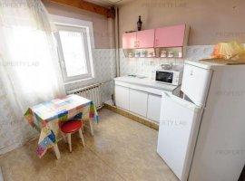 Apartament spatios cu 2 camere în zona Micalaca -300