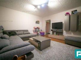 Apartament cu 3 camere în Micalaca