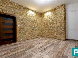 Apartament renovat, două camere, de închiriat. Strada Mărășești.