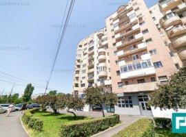 Apartament 3 camere în Intim