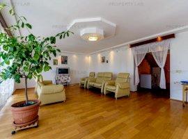 Casă ideală cu 5 camere în Sânicolau Mic.