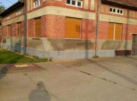 Vanzare  casa  5 camere Timis, Chizatau  - 45000 EURO