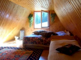 Vanzare  casa  3 camere Cluj, Rogojel  - 15000 EURO