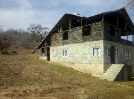 Vanzare  casa  3 camere Prahova, Surani  - 70000 EURO