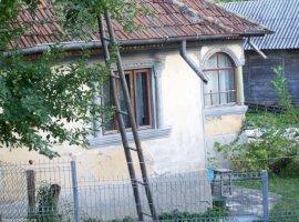 Vanzare  casa  3 camere Dambovita, Pietrari  - 14500 EURO