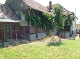 Vanzare  casa  4 camere Mures, Batos  - 30000 EURO