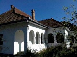 Vanzare  casa  7 camere Mures, Rusii-Munti  - 58000 EURO