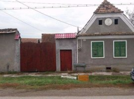 Vanzare  casa  2 camere Brasov, Cata  - 17200 EURO