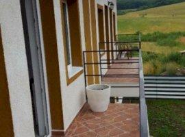 Vanzare  casa  3 camere Mures, Tofalau  - 52500 EURO