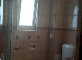 Vanzare  apartament  cu 2 camere  semidecomandat Cluj, Floresti  - 44000 EURO