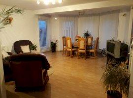 Vanzare  casa  6 camere Mures, Reghin  - 220000 EURO