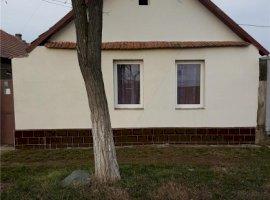 Vanzare  casa  3 camere Arad, Nadlac  - 27000 EURO
