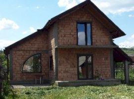Vanzare  casa Brasov, Ormenis  - 39500 EURO