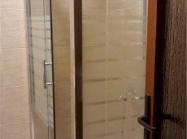 Inchiriere  apartament  cu 2 camere  decomandat Cluj, Floresti  - 250 EURO lunar