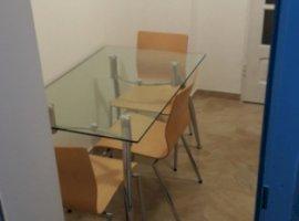 Inchiriere  apartament  cu 3 camere  decomandat Dambovita, Targoviste  - 180 EURO lunar
