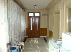 Vanzare  casa  4 camere Valcea, Balcesti  - 41000 EURO