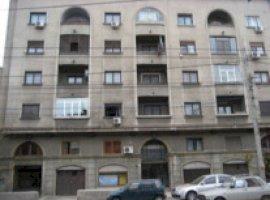 Inchiriere  apartament  cu 2 camere  decomandat Bucuresti, Turda  - 470 EURO lunar