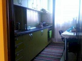 Vanzare  apartament  cu 3 camere  decomandat Arad, Pancota  - 39500 EURO
