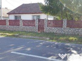Vanzare  casa  5 camere Brasov, Rupea  - 60000 EURO
