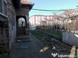 Vanzare  casa  4 camere Arges, Topoloveni  - 52900 EURO