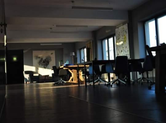 Trei antreprenori din online-ul local lanseaza un spatiu de lucru comun netraditional