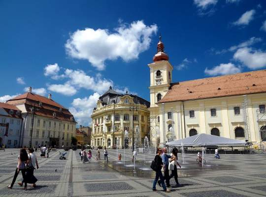 Sibiu, orasul in care cetatenii pot transmite sesizari catre primarie direct din aplicatie
