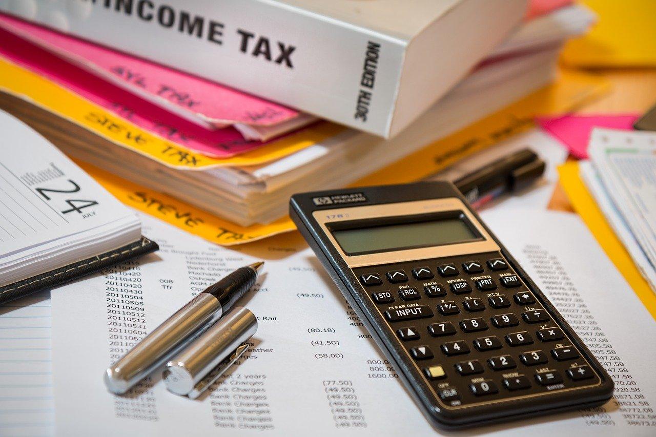 Modul de calcul al impozitului datorat de proprietar la vanzarea unui imobil